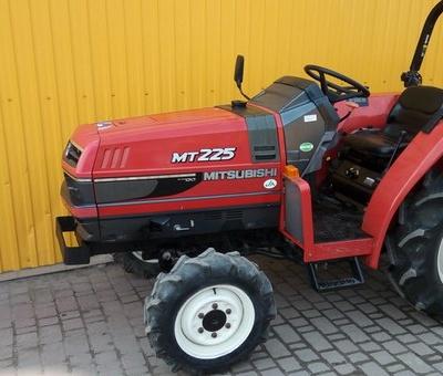 Mitsubishi MT225